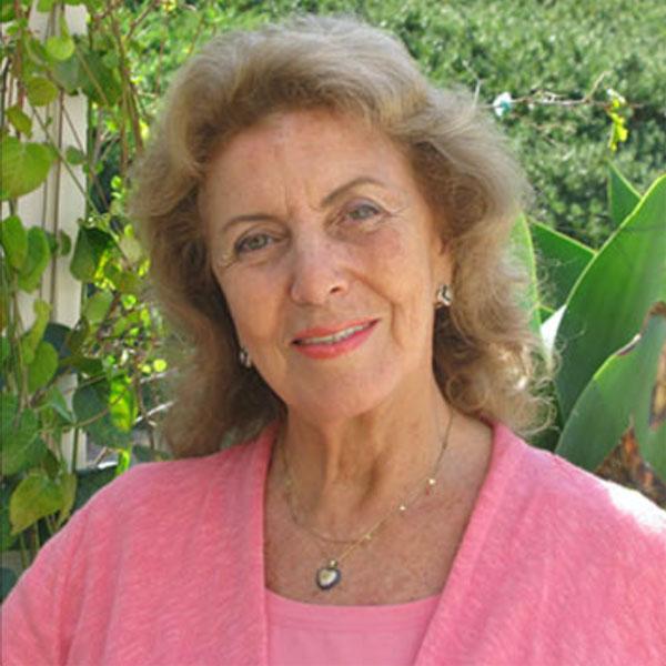 Dr. Silvia Dubovoy